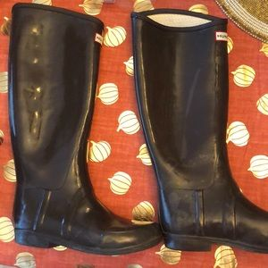Tall Hunter rain boots excellent condition